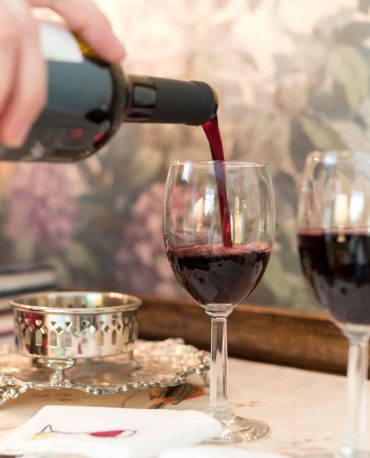 At Bloomsbury Inn, Owners' Hour is offered every afternoon at 5:30 pm...join for a glass of wine.